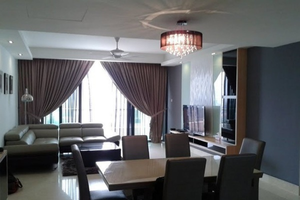 For Sale Condominium at Embassyview, Ampang Hilir Leasehold Semi Furnished 4R/2B 1.5m