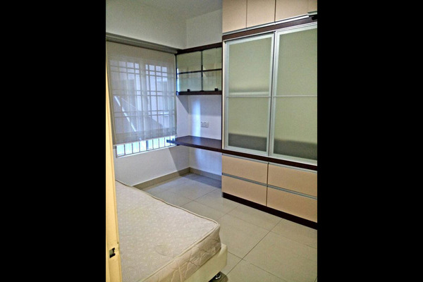 For Sale Condominium at Pertiwi Indah, Cheras Leasehold Semi Furnished 3R/2B 770k
