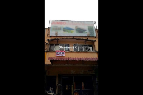For Sale Shop at Taman Lestari Perdana, Bandar Putra Permai Leasehold Unfurnished 0R/1B 950k