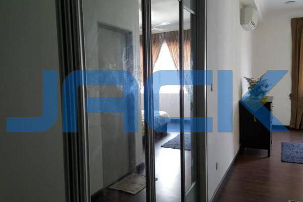 For Rent Condominium at Hijauan Saujana, Saujana Freehold Fully Furnished 3R/2B 2.6k