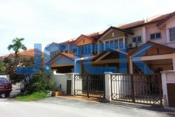 For Sale Terrace at Taman Putra Prima, Puchong Freehold Unfurnished 4R/3B 600k