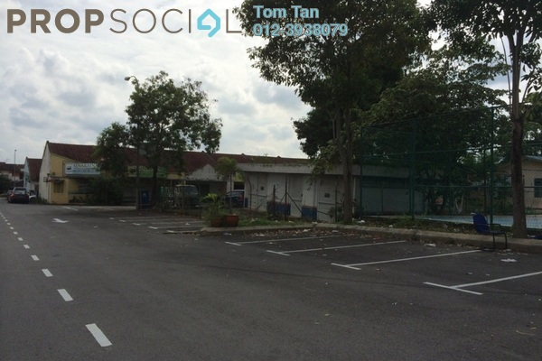 For Sale Shop at Bandar Saujana Utama, Sungai Buloh Leasehold Unfurnished 0R/0B 320k