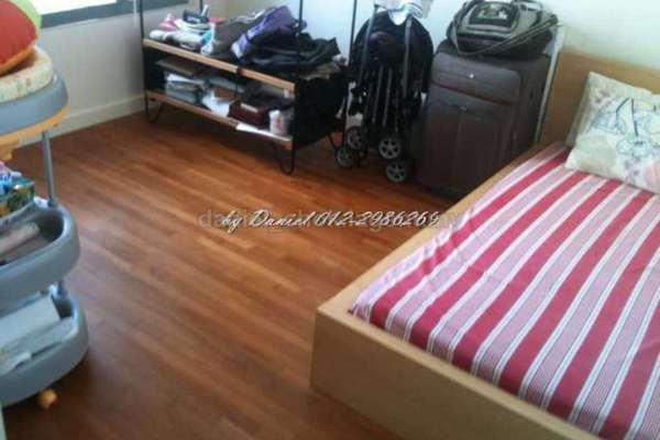 For Sale Condominium at The CapSquare Residences, Dang Wangi Leasehold Semi Furnished 2R/2B 850k