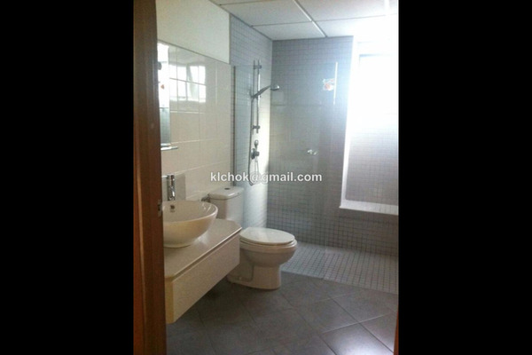 For Rent Condominium at Kiara Designer Suites, Mont Kiara Leasehold Semi Furnished 3R/2B 2.5k