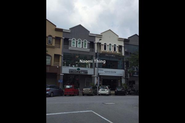 For Sale Shop at Dataran Sunway, Kota Damansara Leasehold Unfurnished 0R/0B 3.9m