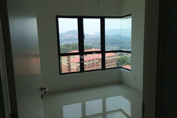 For Sale Condominium at Altitude 236, Cheras Leasehold Semi Furnished 4R/3B 810k
