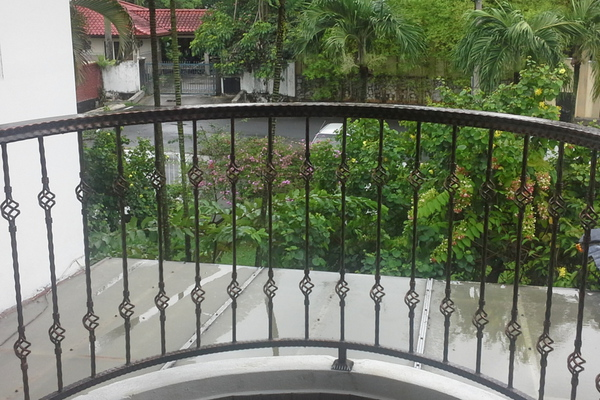 For Sale Bungalow at Section 9, Shah Alam Leasehold Semi Furnished 6R/5B 2.75m