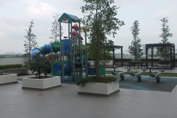 For Rent Condominium at USJ One Park, UEP Subang Jaya Leasehold Semi Furnished 4R/3B 2k