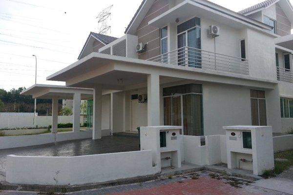 For Sale Semi-Detached at Juru Heights, Juru Freehold Semi Furnished 6R/5B 900k