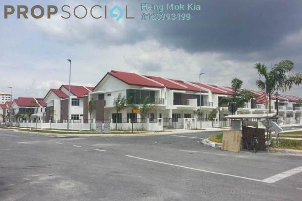 For Sale Terrace at Taman Pandamaran Jaya, Port Klang Freehold Unfurnished 5R/4B 580k