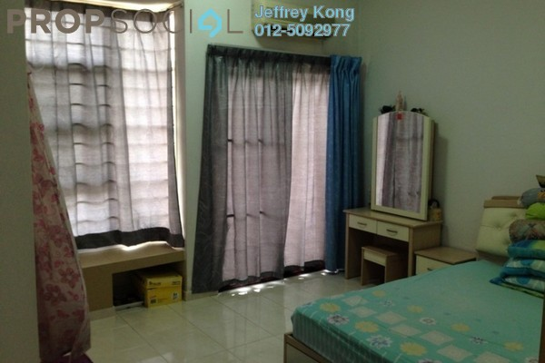 For Sale Terrace at Taman Puchong Prima, Puchong Freehold Semi Furnished 4R/3B 590k