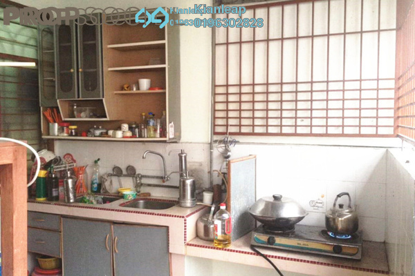 For Sale Terrace at Pusat Perindustrian Sungai Chua, Kajang Leasehold Semi Furnished 2R/1B 285k