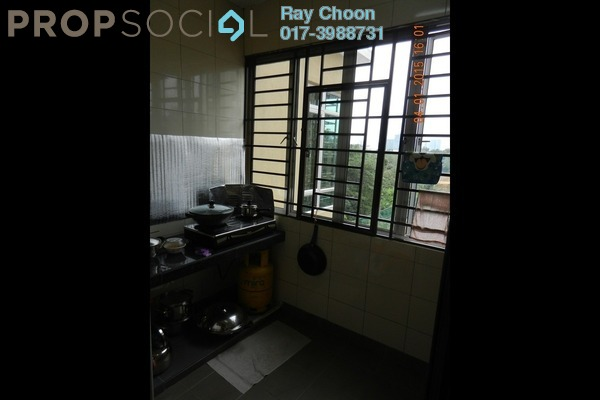 For Sale Condominium at Villa Park, Seri Kembangan Freehold Fully Furnished 4R/3B 593k