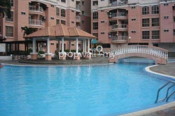 For Sale Condominium at Vista Saujana, Kepong Freehold Semi Furnished 3R/2B 320k