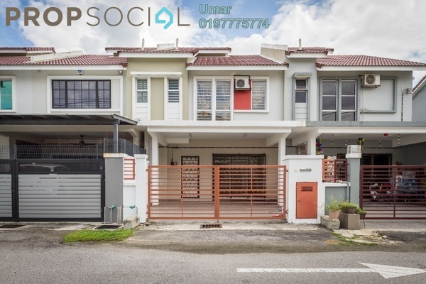 For Sale Terrace at Taman Dato Demang, Bandar Putra Permai Leasehold Semi Furnished 4R/3B 650k