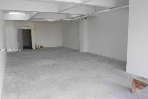 For Rent Office at Taman Batu Caves, Batu Caves Leasehold Unfurnished 0R/2B 1.5k