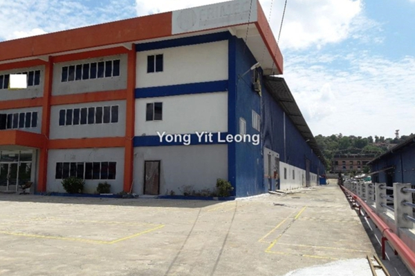 For Sale Factory at Kampung Baru Subang, Shah Alam Leasehold Unfurnished 0R/0B 20m
