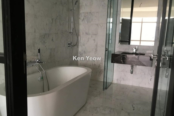 For Sale Condominium at Banyan Tree, KLCC Freehold Semi Furnished 2R/2B 2.3m