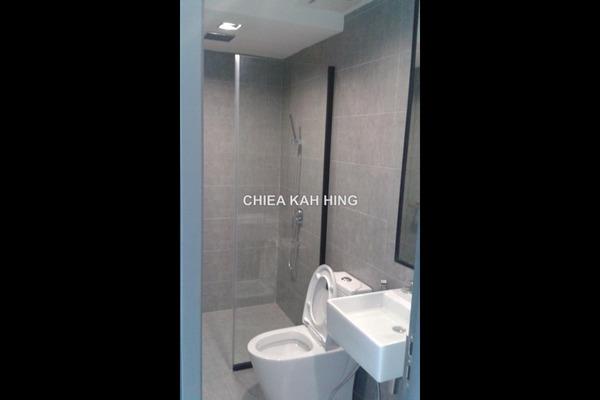 For Rent SoHo/Studio at One City, UEP Subang Jaya Leasehold Semi Furnished 2R/2B 1.7k