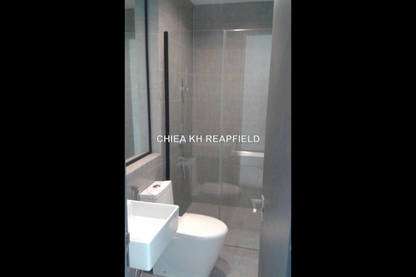 For Rent Office at One City, UEP Subang Jaya Leasehold Semi Furnished 2R/2B 1.7k