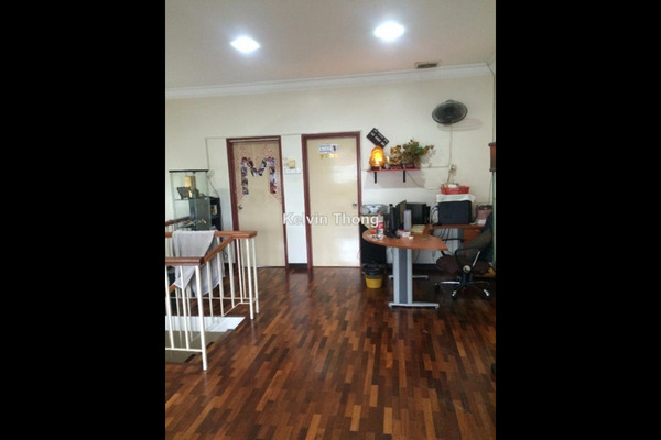 For Sale Terrace at Taman Megah, Kepong  Semi Furnished 5R/4B 1.28m