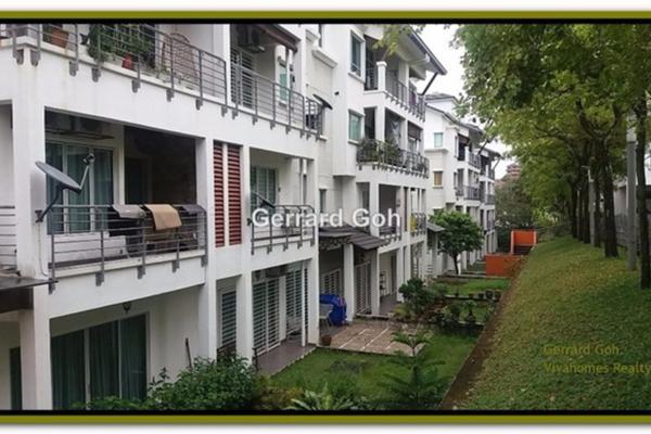 For Rent Townhouse at Bayan Villa, Seri Kembangan Leasehold Fully Furnished 3R/2B 1.5k