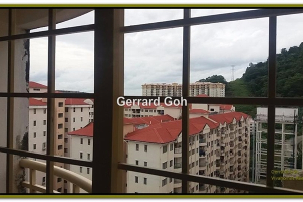 For Rent Condominium at Vista Saujana, Kepong Leasehold Semi Furnished 3R/2B 1k
