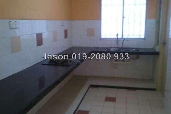 For Sale Apartment at Tainia Apartment, Kota Damansara Leasehold Semi Furnished 3R/2B 290k