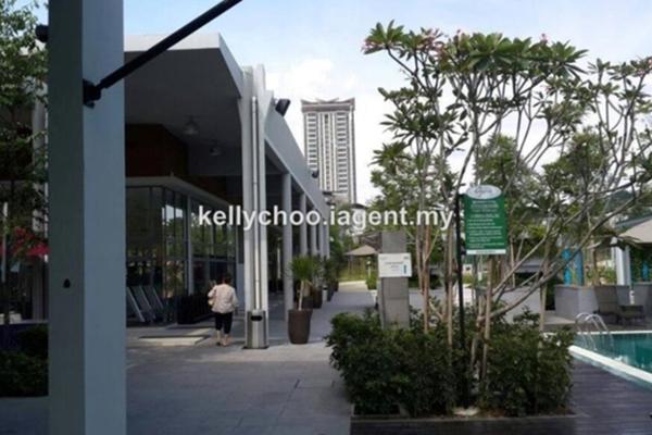 For Sale Terrace at Symphony Hills, Cyberjaya Freehold Semi Furnished 3R/2B 1.2m