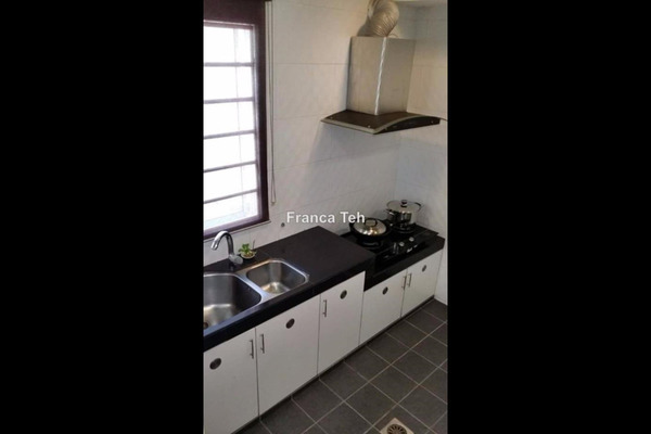 For Sale Terrace at Taman Dagang Permai, Ampang Freehold Semi Furnished 4R/3B 1.28m