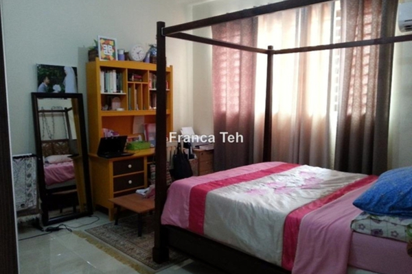 For Sale Terrace at Taman Dagang Permai, Ampang Freehold Semi Furnished 4R/3B 1.25m