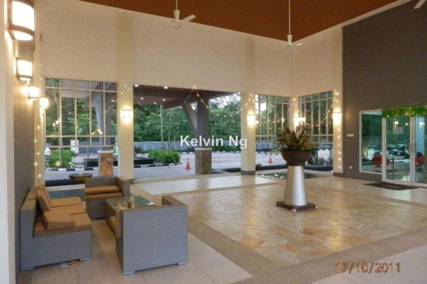 For Sale Condominium at Aman Heights, Seri Kembangan Leasehold Semi Furnished 3R/2B 450k
