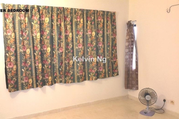 For Rent Condominium at Kristal Villa, Kajang Leasehold Semi Furnished 3R/2B 1.3k