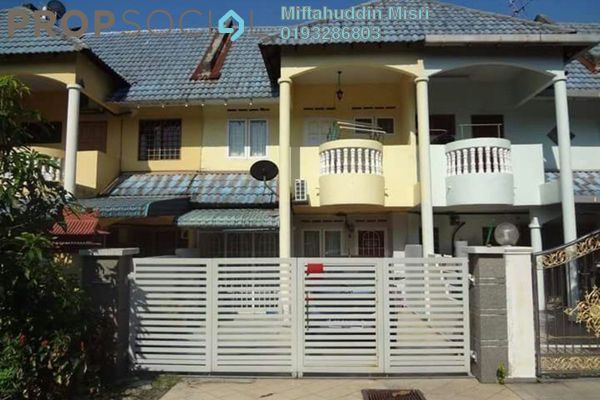 For Sale Terrace at Taman Puchong Indah, Puchong Leasehold Unfurnished 4R/3B 390k