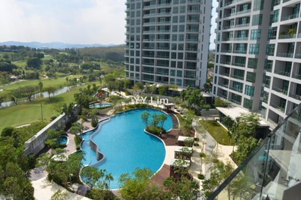 For Sale Condominium at Tropicana Grande, Tropicana  Semi Furnished 4R/5B 2.87m