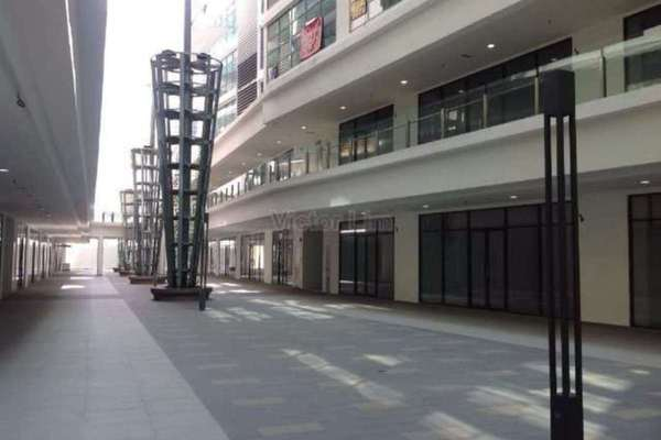 For Rent Office at Street Mall @ One South, Seri Kembangan Leasehold Unfurnished 0R/0B 1.2k