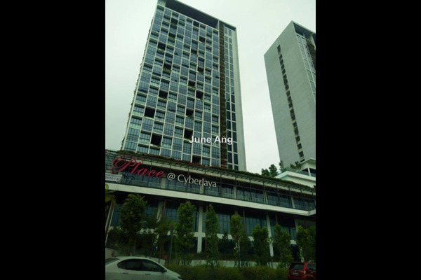 For Sale Serviced Residence at The Place, Cyberjaya Leasehold Fully Furnished 1R/1B 310k