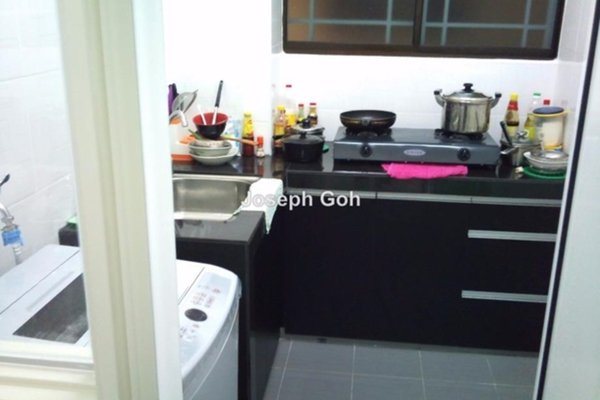 For Sale Condominium at Platinum Lake PV13, Setapak Leasehold Unfurnished 4R/2B 545k