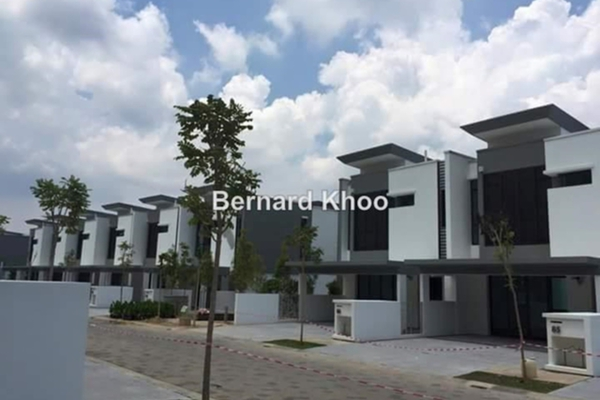 For Sale Terrace at Sunway Montana, Melawati Freehold Unfurnished 4R/5B 2.2m