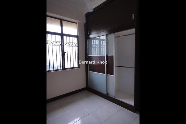 For Sale Duplex at Diamond Residences, Setapak Leasehold Unfurnished 3R/2B 675k
