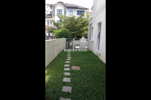 For Sale Semi-Detached at Amberhill, Melawati Freehold Unfurnished 5R/5B 2.45m