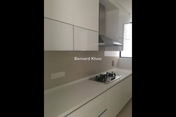 For Rent Condominium at Verdana, Dutamas Leasehold Semi Furnished 3R/2B 3k