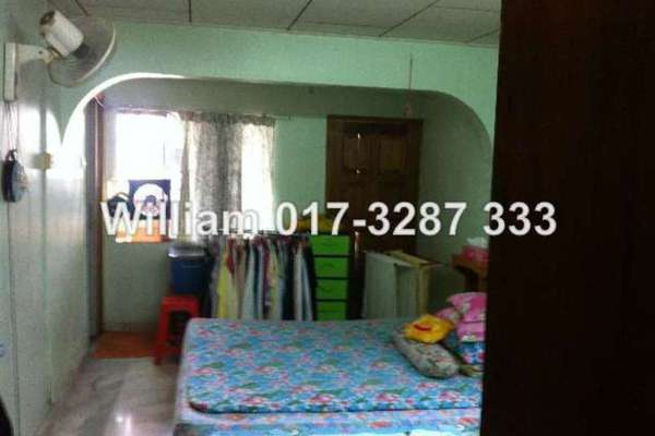 For Sale Terrace at Taman Sri Rampai, Setapak Freehold Unfurnished 3R/2B 515k