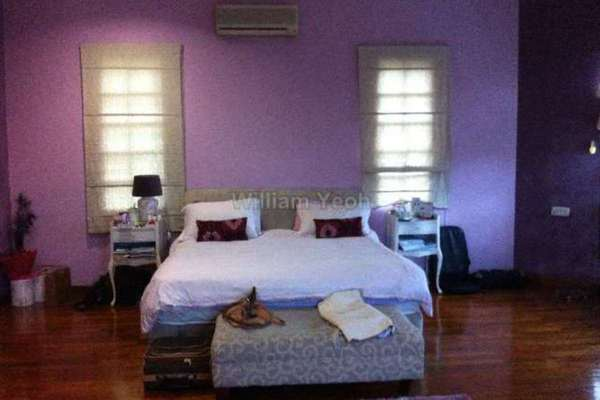 For Sale Bungalow at Section 8, Shah Alam Leasehold Semi Furnished 8R/5B 2.5m