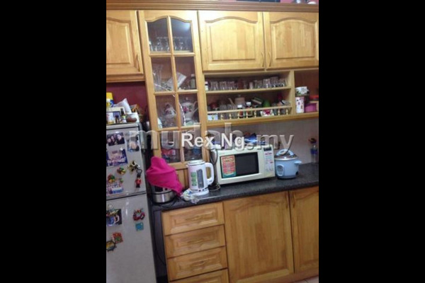 For Sale Apartment at Mawar Apartment, Sentul Leasehold Semi Furnished 3R/2B 365k