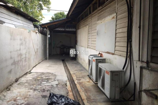 For Sale Semi-Detached at Taman Ayer Panas, Setapak Leasehold Semi Furnished 3R/2B 650k