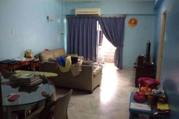 For Sale Condominium at La Villas Condominium, Setapak Leasehold Semi Furnished 3R/2B 420k