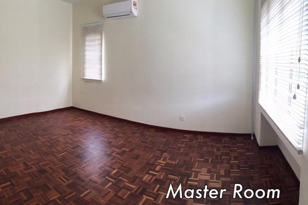 Master room 5fr1ketdnhyhcddq8ymw small