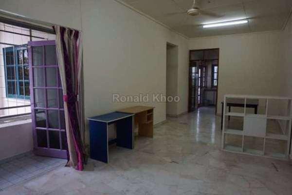 For Sale Apartment at Sunway Court, Bandar Sunway Leasehold Semi Furnished 3R/2B 420k
