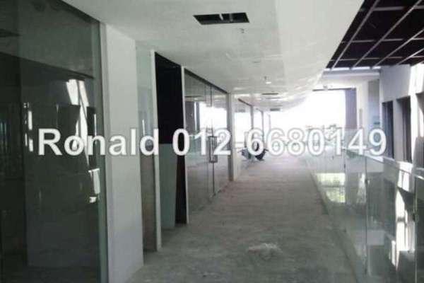 For Sale Office at One City, UEP Subang Jaya Leasehold Unfurnished 0R/0B 740k